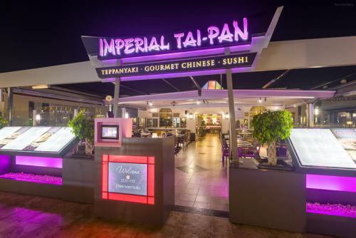 the-restaurant-1-